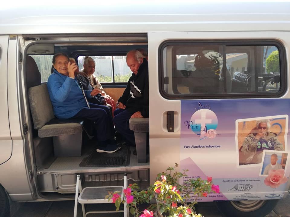Asilo Vivir de amor para adultos mayores en Puebla (10)-min